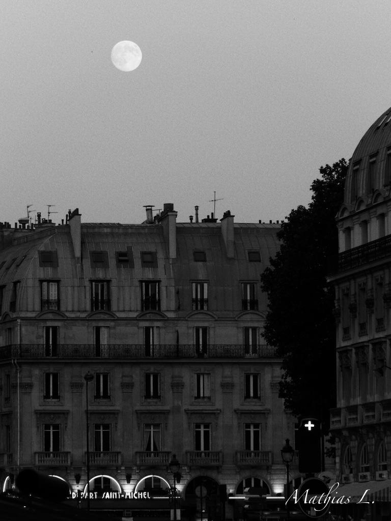 Pleine lune - Paris
