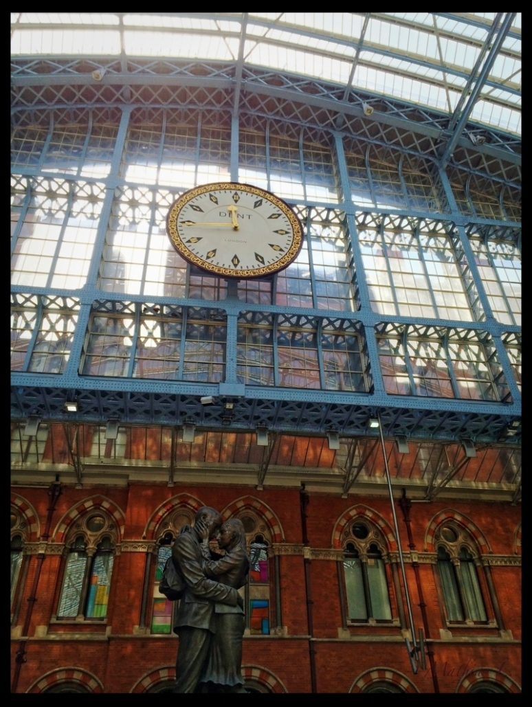 The Meeting Place, Paul Day, St Pancras Station, London