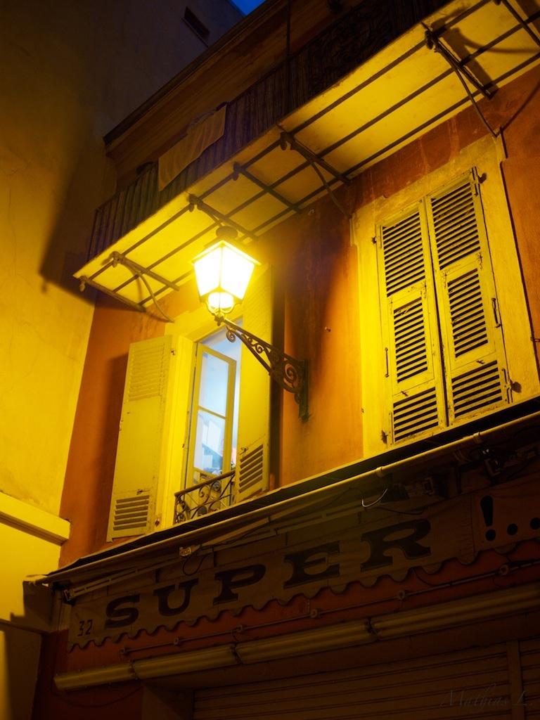 Vieux Nice by night