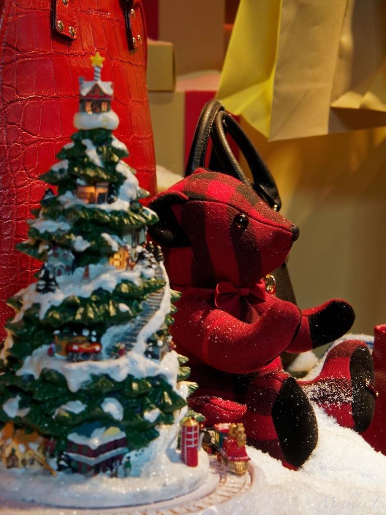 Vitrines Noël - le Printemps - Paris