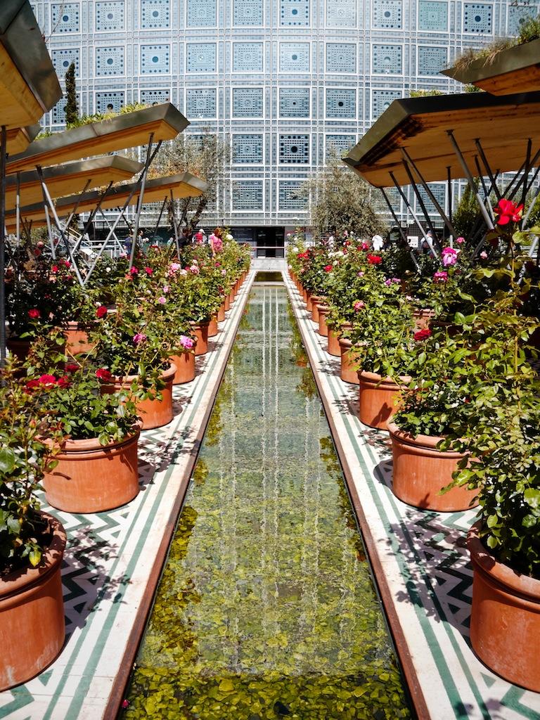 Jardins d'Orient De l'Alhambra au Taj Mahal