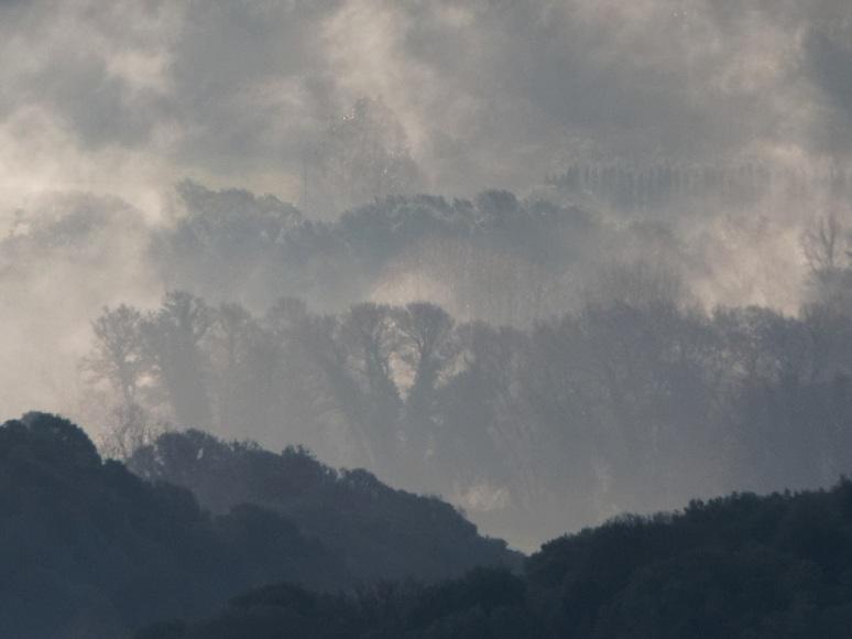 Fumée dans la vallée